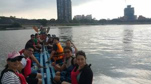The Columbia and Friends dragon boat racing team!